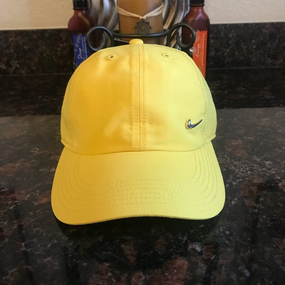 best authentic 6806c 54076 Nike   Metal Swoosh Youth Cap Hat